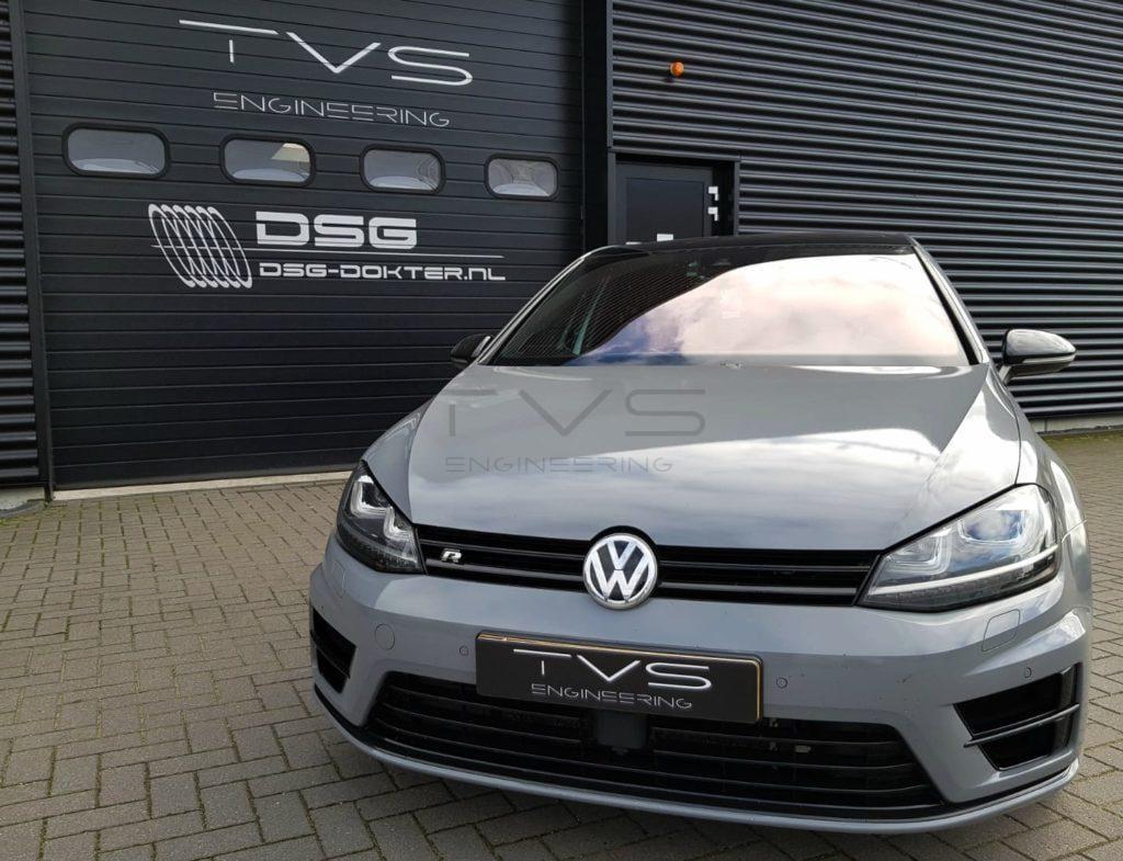 VW Golf 7R 2.0 TSI (2015) img 0