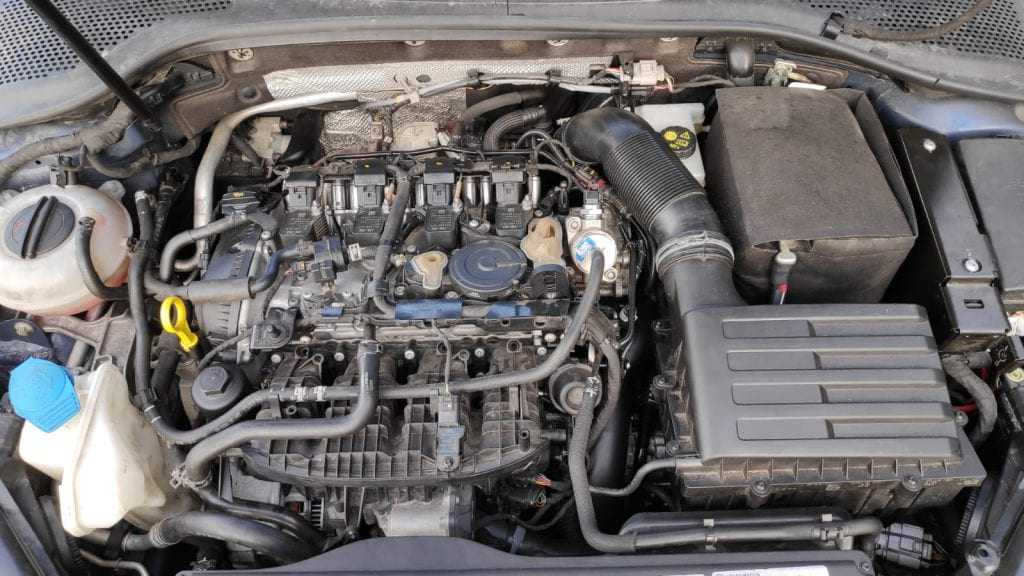 VW Golf 7R 2.0 TSI (2016) img 1